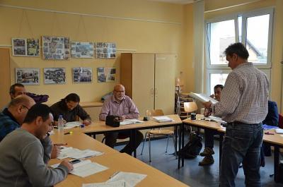 Foto zur Meldung: Deutschlernen an der KVHS OSL steht hoch im Kurs