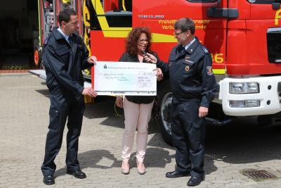 Foto zur Meldung: Rheinböller Feuerwehr in neuem Outfit