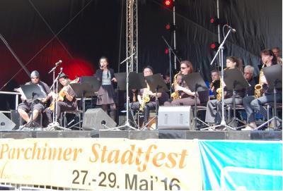 Foto zur Meldung: Musikschule dreifach zu Gast beim Parchimer Stadtfest