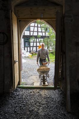 Lehmfußboden in der Kirchenburg Walldorf