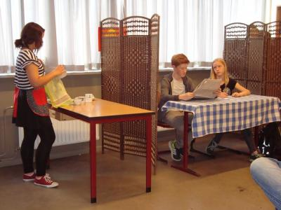 """Foto zur Meldung: """"Heute schon gelacht ?"""" – Theaterspaß an der IGS"""