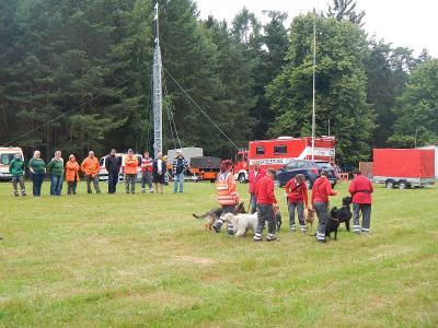 Foto zur Meldung: Katastrophenschutzeinheiten des Landkreises Oberspreewald-Lausitz trafen sich zum gemeinsamen Ausbildungswochenende