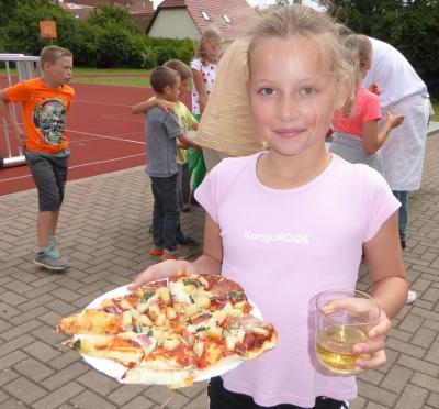 Foto zur Meldung: Pizzabacken