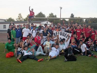 Foto zur Meldung: Rückblick auf das Internationale Fußballturnier von Refugees Welcome