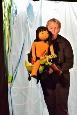 """Vorschaubild zur Meldung: Troupe de marionnettes """"les 3 chardons"""" - Tchico"""