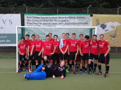 Foto zur Meldung: Unsere MJA verabschieden sich mit einer souveränen Leistung von der Feldsaison um die Berliner Meisterschaft