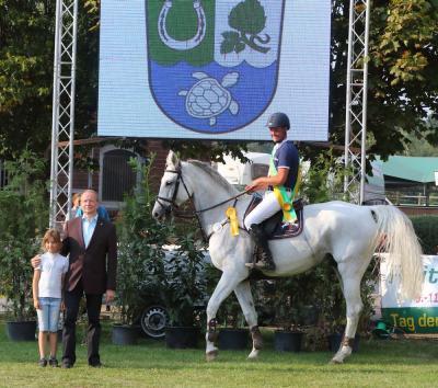 Bild der Meldung: Jan Peters gewinnt Großen Preis von Hoppegarten