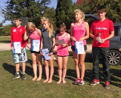 Foto zur Meldung: 21. Neubrandenburger Staffelmarathon -  Vereinsrekord für Laager Nachwuchsteam!