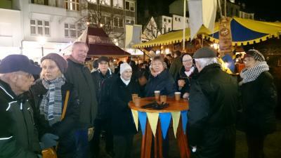 Foto zur Meldung: Bilder des Ausflugs online: Burg Wissem und Weihnachtsmarkt Siegburg