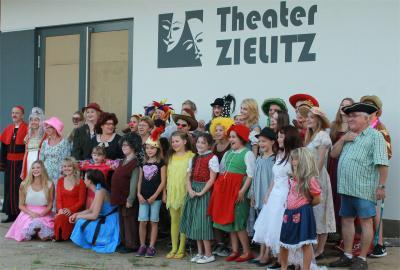 Spielplan Holzhaustheater Zielitz September bis Dezember 2016