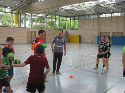 Rechts: HCE-Chefcoach Robert Andersson, links Co-Trainer Stefan Mittag