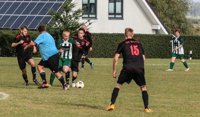 Foto zur Meldung: Demminer SV kommt in Brunn arg unter die Räder