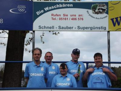 Foto zur Meldung: Neue Shirt´s für Ordner von Germania Walsrode!