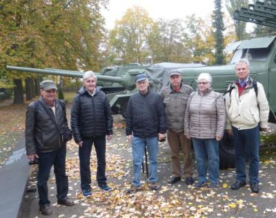 Foto zur Meldung: Das Museumsteam der Rehfelder Heimatstube auf Bildungsfahrt nach Berlin-Karlshorst