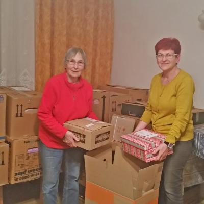 Foto zur Meldung: Weihnachtspäckchen sind unterwegs