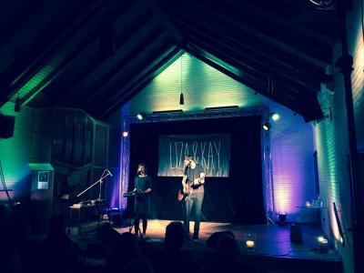 Gute Texte, abwechslungsreiche Musik und ganz viel Ausstrahlung- Liza & Kay in Klingberg auf der Offenen Bühne