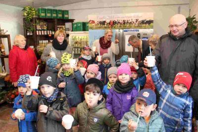 """Vorschaubild zur Meldung: Kalenderrückblick: vor 3 JAHREN: """"Milchzapfstelle"""" in Luckau eröffnet"""