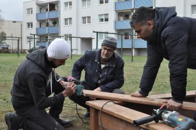 Foto zu Meldung: Kienbaum: Neue Spielgeräte auf dem Spielplatz Puschkinstraße