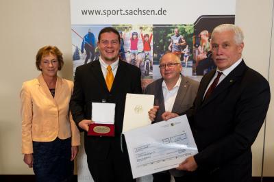 Foto zur Meldung: CVJM Görlitz mit der Sportplakette des Bundespräsidenten ausgezeichnet