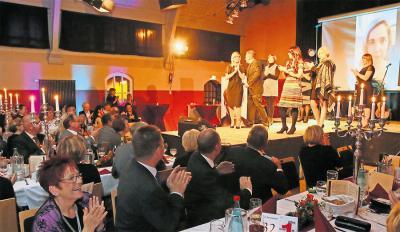 Music Hall statt Goldener Pflug – der Neuauflage des Altenburger Modelballs tat dies keinen Abbruch. Foto: Mario Jahn