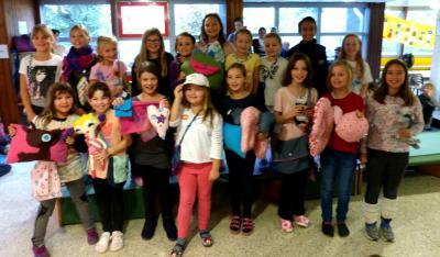 Foto zur Meldung: Modenschau in der Grundschule Am See