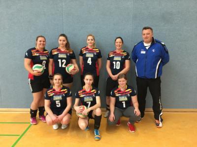 Foto zur Meldung: Laager Volleyball-Damen starteten in die Saison