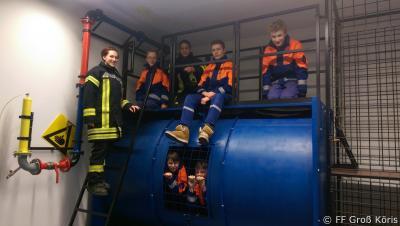 Foto zur Meldung: 29.11.2016 Jugendfeuerwehr Groß Köris zu Besuch im Brand- und Katastrophenschutzzentrum LDS