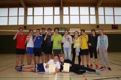 Foto zur Meldung: Kreisfinale Jugend trainiert Volleyball WK II in Senftenberg