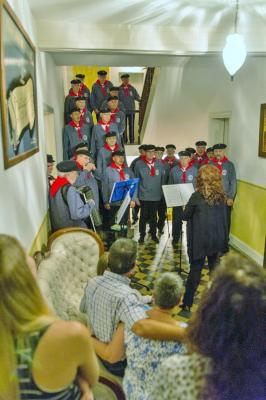 Foto zur Meldung: Shanty Chor Unterhaun auf großer Fahrt