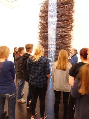 Foto zur Meldung: Abiturienten auf Projektfahrt nach Hamburg  - Kunst- und Geschichtsunterricht mal anders