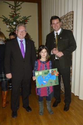 Foto zur Meldung: Anna Schießl aus der Grundschule Bodenwöhr ist Mitgewinnerin beim Kalenderwettbewerb