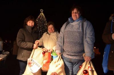 Foto zu Meldung: »Oranienburg zeigt Herz«: Großzügige Spenden für Bedürftige