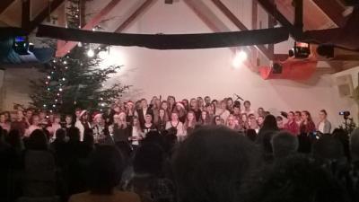 Foto zur Meldung: Weihnachtliche Vorfreude in der Auferstehungskirche
