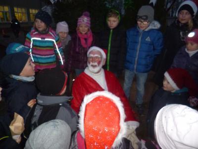 Vorschaubild zur Meldung: Weihnachtsmarkt an der Grundschule