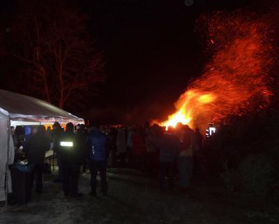 Foto zu Meldung: Weihnachtsbäume wurden verbrannt
