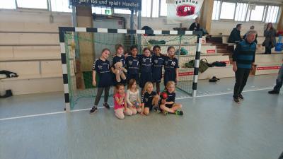Foto zur Meldung: Turnier unserer HSV 04-Minis in Brandenburg