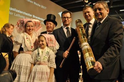 Foto zur Meldung: Erfolgreiche Premiere des Landkreises OSL auf dem Brandenburg-Tag der IGW