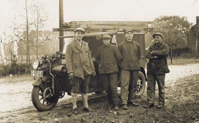 Foto zu Meldung: Museum zeigt: Handwerk in Brandenburg - Fotografien von 1890 bis 2000