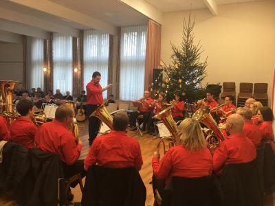 Foto zur Meldung: 1. Advent- Seniorennachmittag der Gemeinde Ottrau