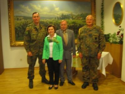 Foto zur Meldung: Landfrauen besuchen Bundeswehr