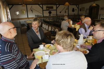 Foto zu Meldung: Frühstück mit den Kommunalpolitikern aus Holzwickede