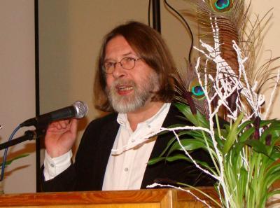 Superintendent Ralf-Peter Fuchs bei seinem Festvortrag