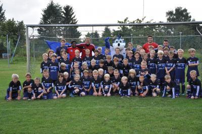 Foto zur Meldung: Premier - HSV-Fußballschule zum ersten Mal zu Gast bei Germania