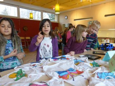 Foto zur Meldung: GTS-Ausstellung in der Grundschule Am See