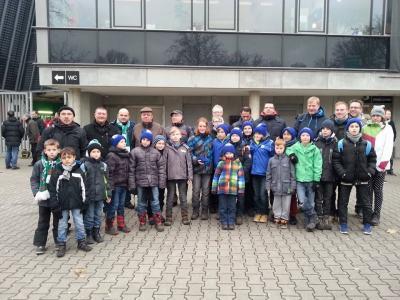 Foto zu Meldung: Jugend zu Gast bei Werder Bremen