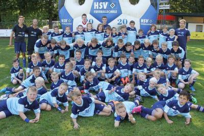 Foto zur Meldung: Trainieren wie ein Profi- HSV Fußballschule-