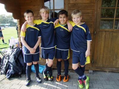 """Foto zur Meldung: Vier U12 """"Kicker"""" am Ball in der Kreisauswahl"""