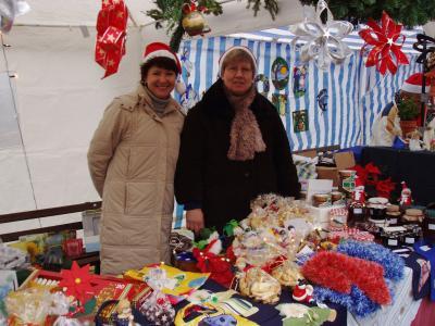 Foto zu Meldung: Kleiner gemütlichen Weihnachtsmarkt im Oelpfad