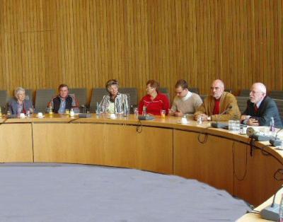 Foto zu Meldung: Kleingärtner vom Oelpfad (Holzwickede) besuchen den Landtag