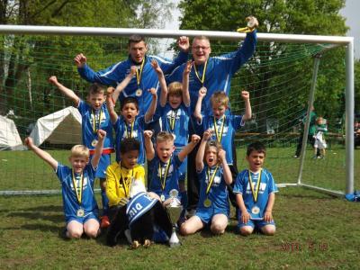 Foto zur Meldung: F2-Jugend - Erneuter Erfolg beim Niedersachsen-Cup